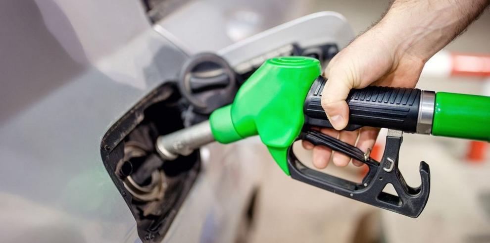 Discuten regulación del contenido de azufre en el combustible de Panamá