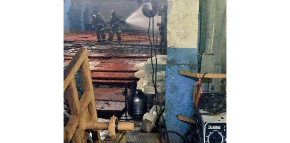 Fuga de amoníaco en fábrica de hielo en Santa Ana