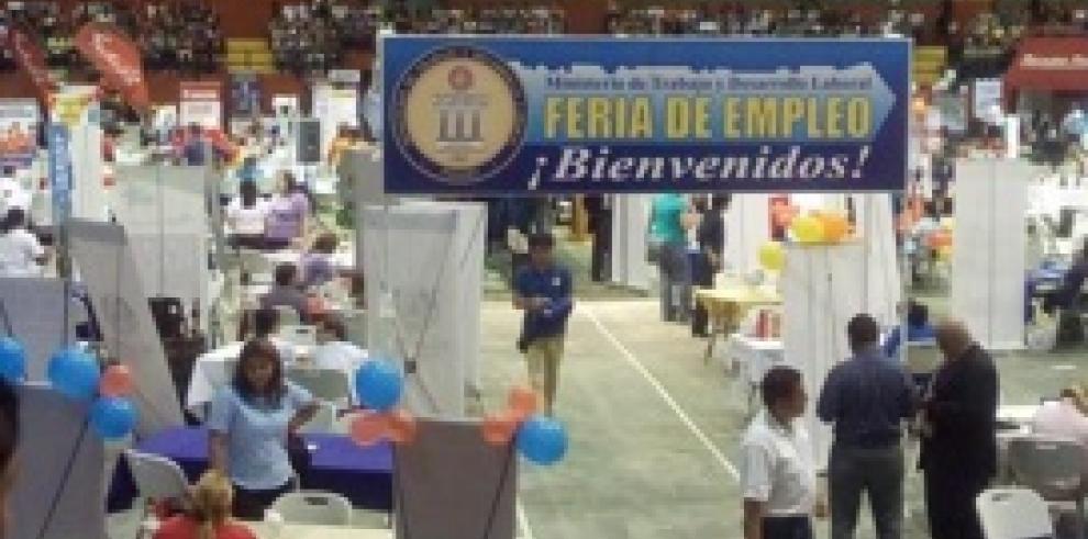 Feria de empleo oferta más de 12 mil vacantes