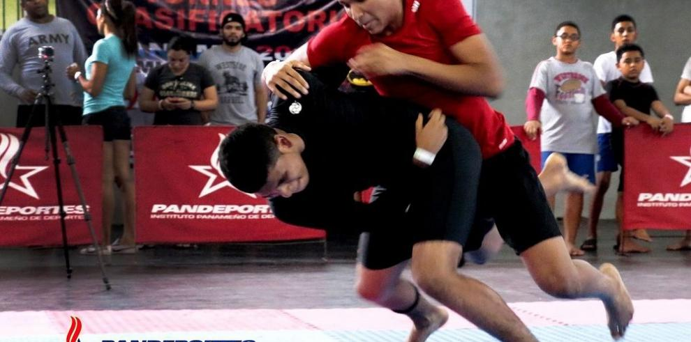 Atletas de Jui Jitsu se preparan para el torneo mundial