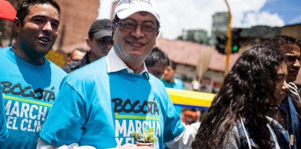 Amenazan de muerte al alcalde de Bogotá, Gustavo Petro