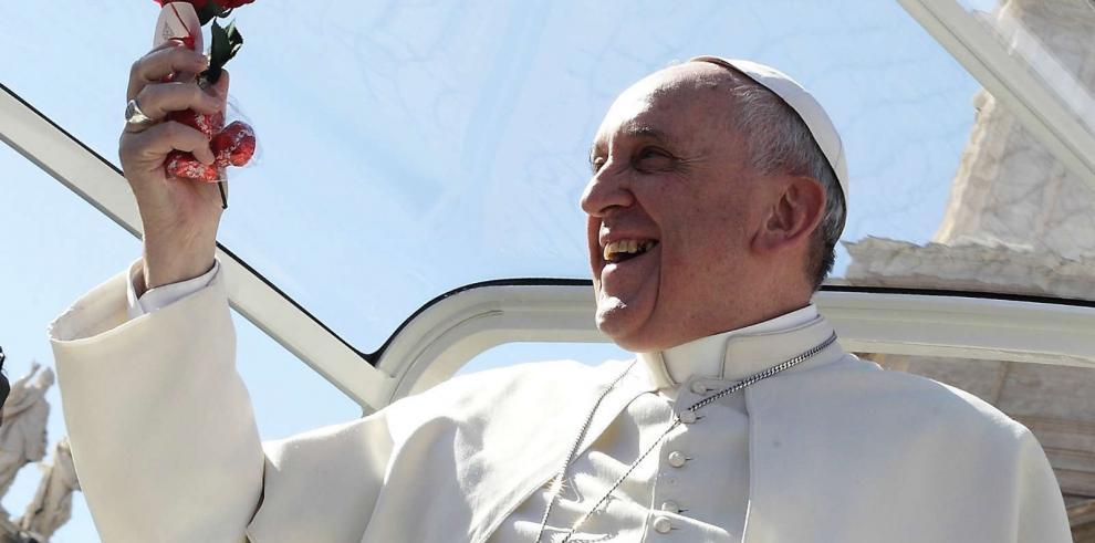 Papa dice a fieles que la misericordia divina no tiene límites