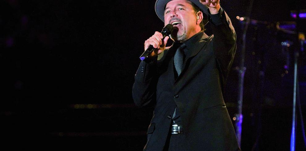 Rubén Blades se solidariza con víctimas del incendio en Valparaíso