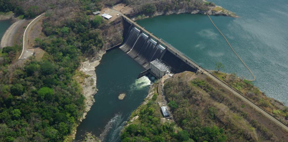 Crisis Energética por sequía desde el aire
