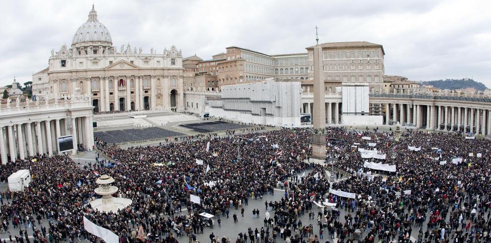 Vaticano no teme atentados de islamistas contra viaje del papa a Albania