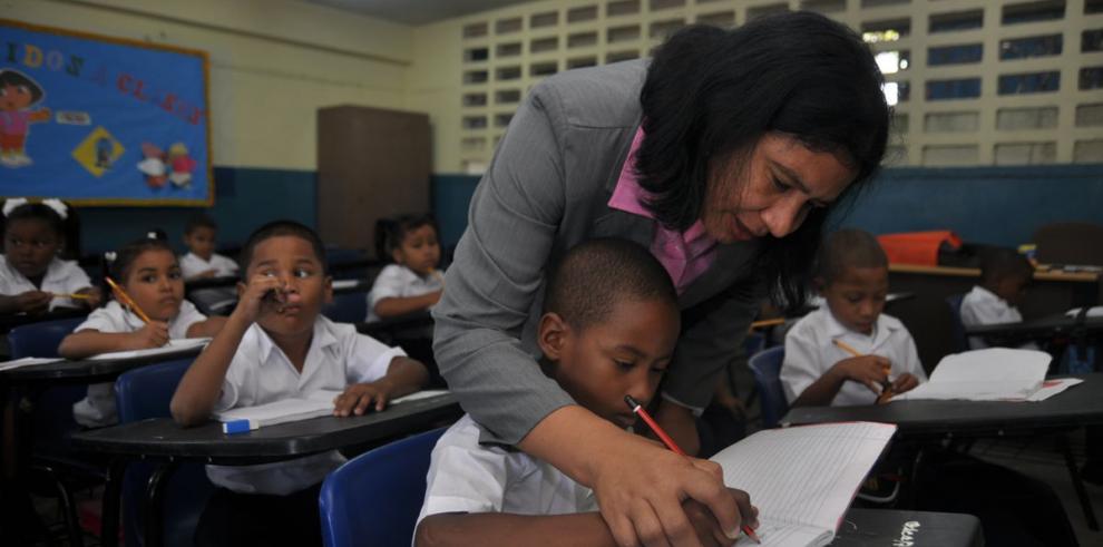 Rol de los agentes en la educación