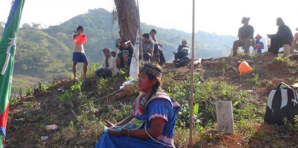 El día a día en la zona de conflicto de Barro Blanco