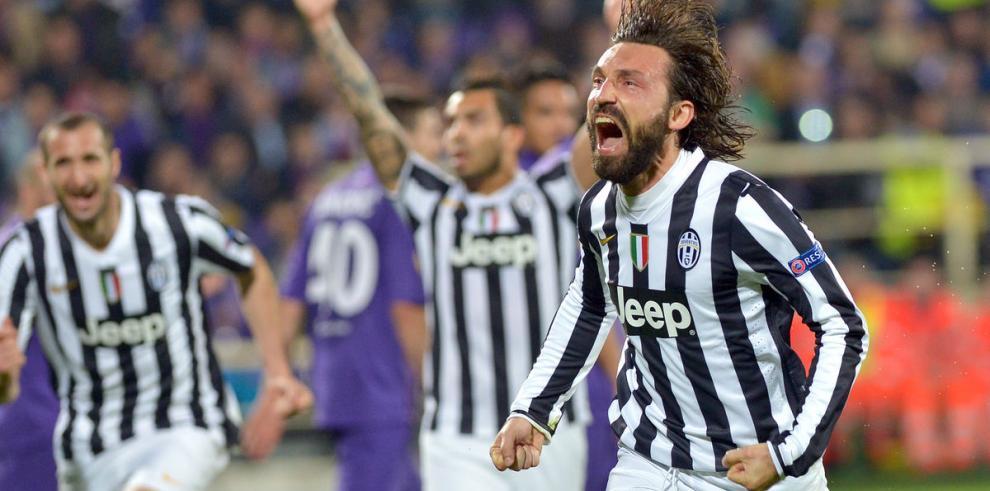 Pirlo hace vibrar a Juventus en la Liga de Europa