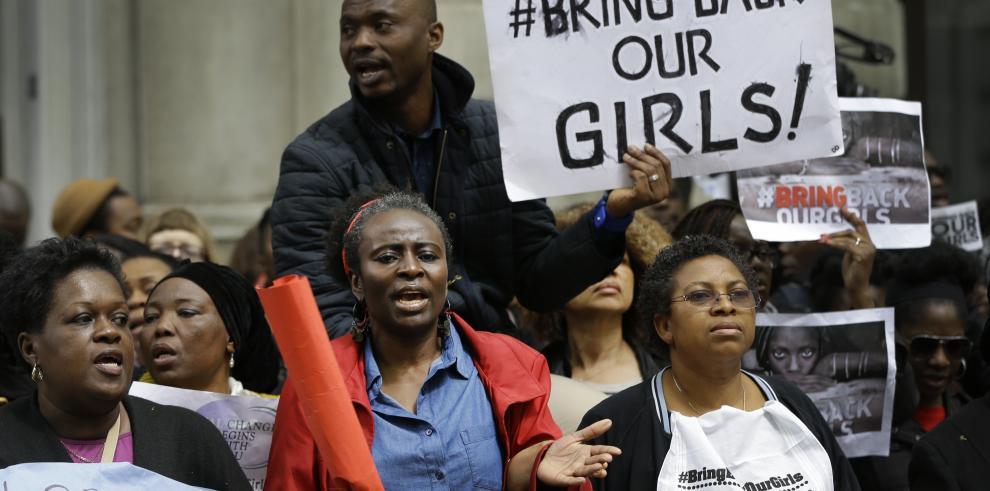 Expertos británicos llegan a Nigeria para ayudar en el rescate de las niñas