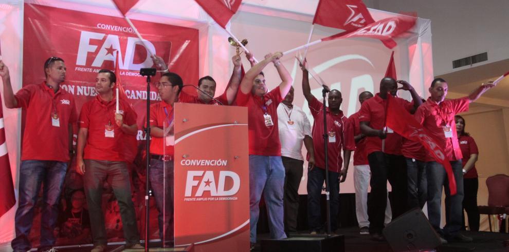 Dirigentes del FAD evaluarán revivir el partido