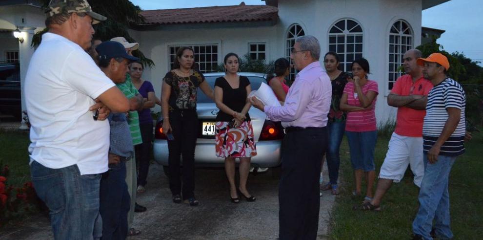 Quejas por escándalos en fiesta en La Mitra