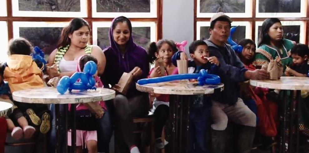 Gobierno acompaña a los niños de Las Nubes