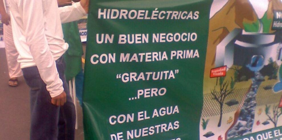 Moradores de Calderarechazan construcción de hidroeléctricas