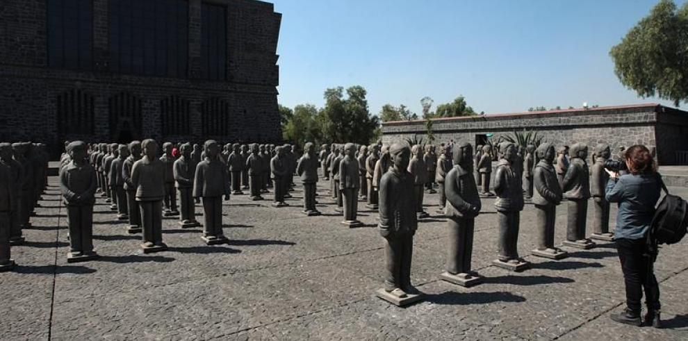 Las 116 guerreras de Terracota de Prune Nourry