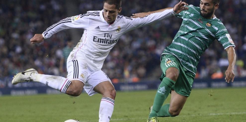 Real Madrid gana en Copa del Rey, Chicharito anota