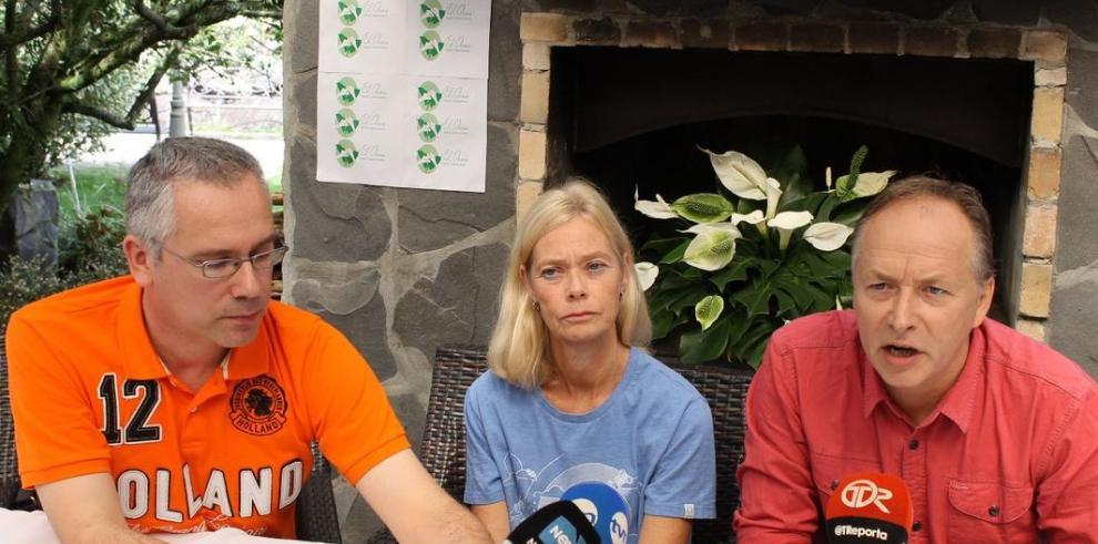 Familia de holandesas exige detalles que no se han revelado