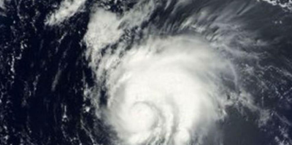 La tormenta Bertha se convierte en huracán