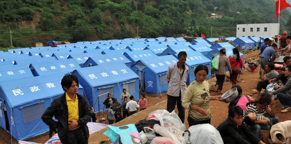 Búsqueda urgente de los supervivientes del sísmo en China