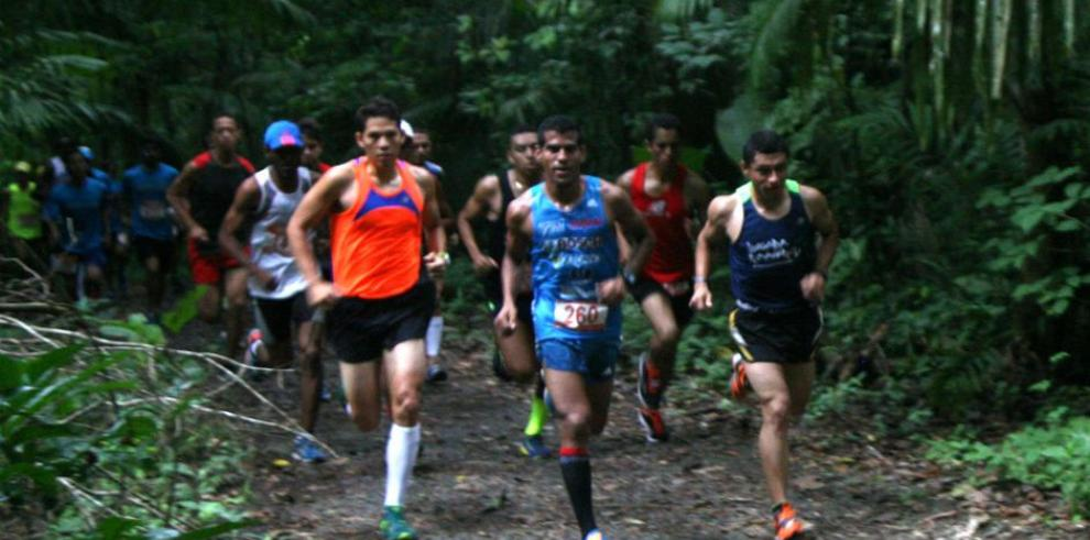 Vega y Rojas vencen en el Mereell Trail