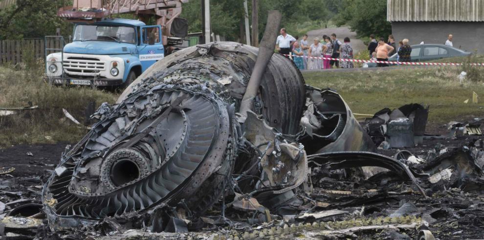 EE.UU. dice que avión fue derribado deliberadamente y apunta a los prorrusos