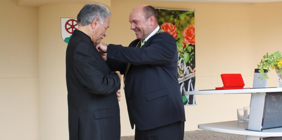 Alcalde en Alemania le dio bienvenida al coro panameño