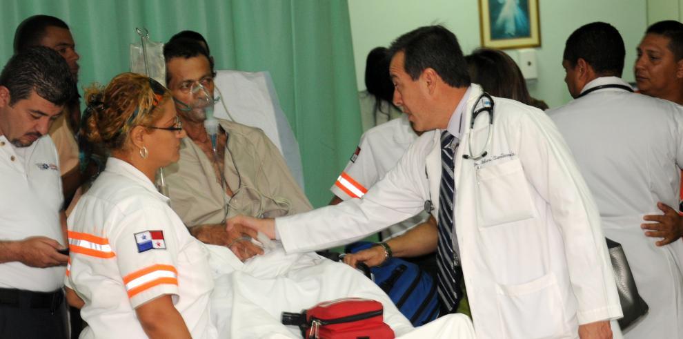 MINSA certifica a 140 médicos para que puedan ejercer