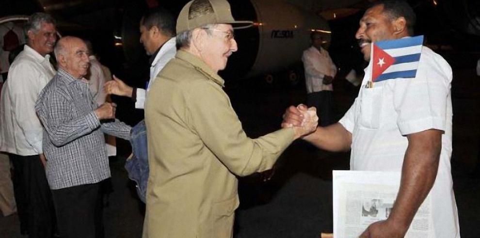 Cuba envía nuevo contingente médico a África a luchar contra el ébola