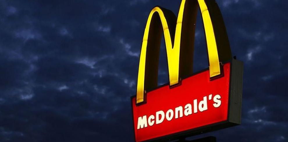 Beneficios de McDonald's caen 13%
