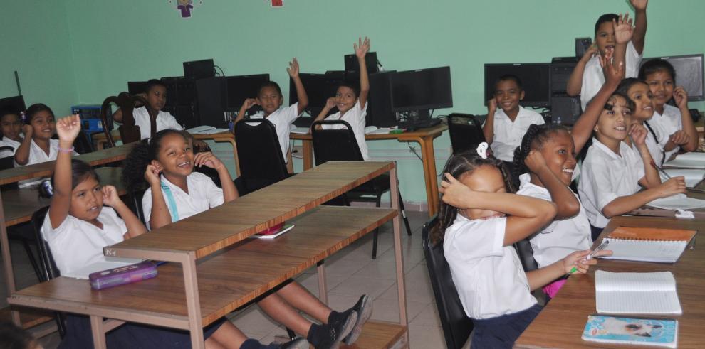 Meduca anuncia calendario escolar para el 2015