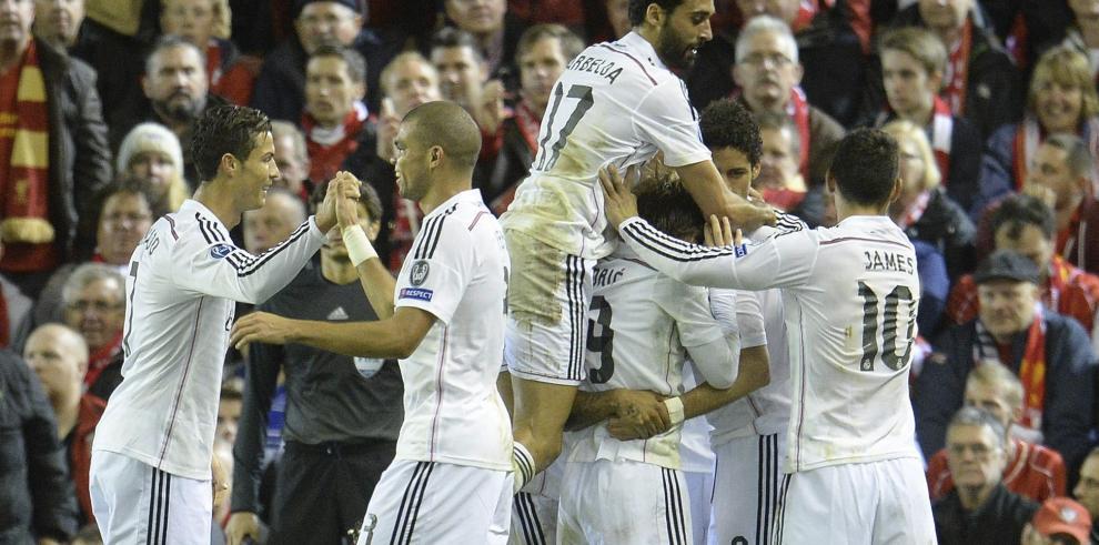 Real Madrid se exhibe ante el Liverpool y cierra heridas en Anfield 3-0