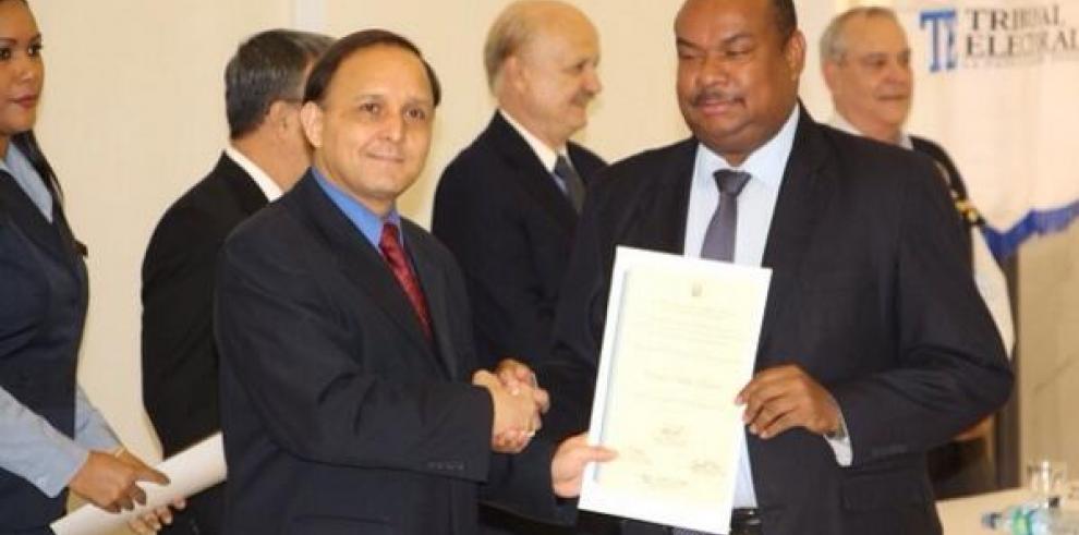 Nuevo Vicepresidente del Parlamento Centroamericano es panameño