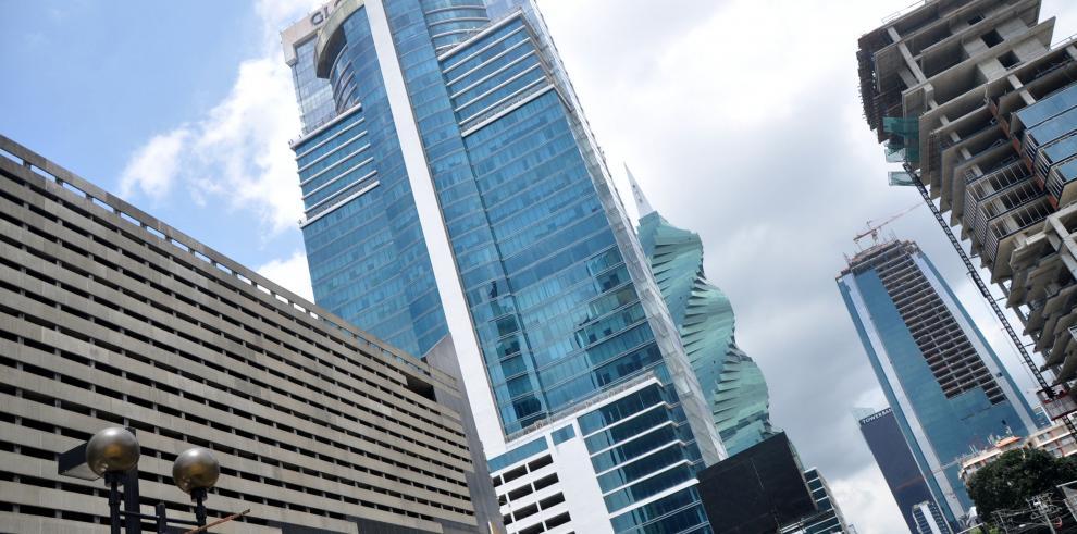 Panamá se mantiene líder en crecimiento económico