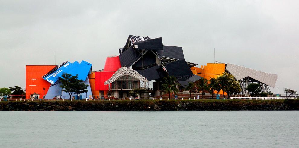 Frank Gehry, el mago de la formas que diseñó el museo de la biodiversidad