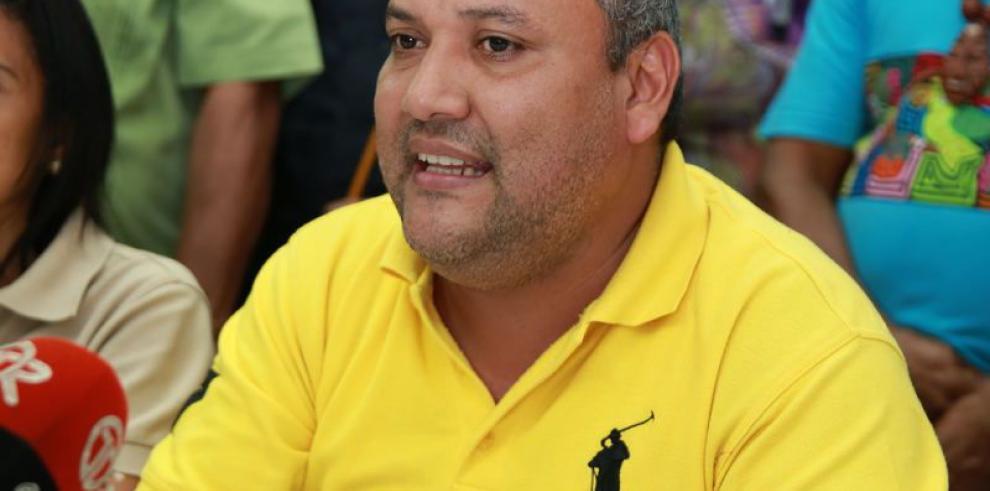 Ministra designada le pide voto de confianza a los gremios