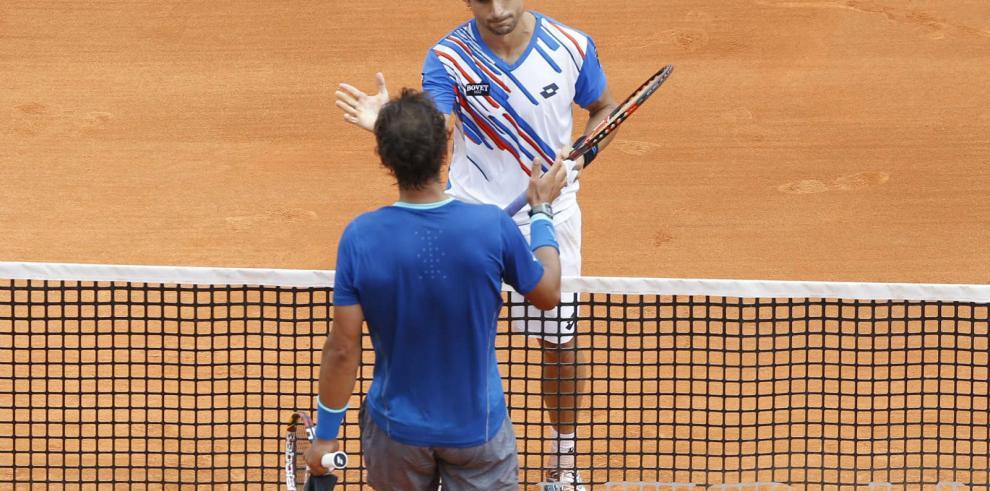 Ferrer sorprende a Nadal en los cuartos de Montecarlo