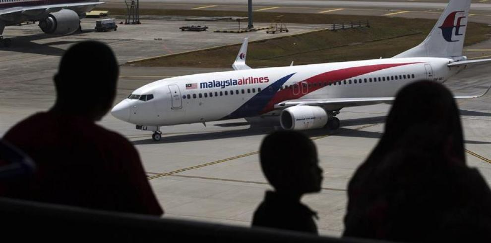 Tailandia confirma señales de avión desaparecido tras días de búsqueda