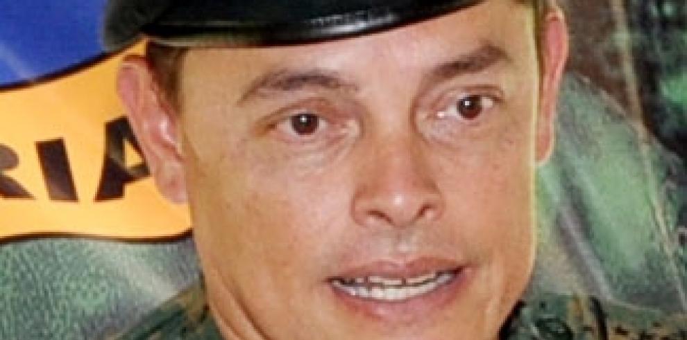 Un supuesto guerrillero muerto y dos policías panameños heridos en Darién