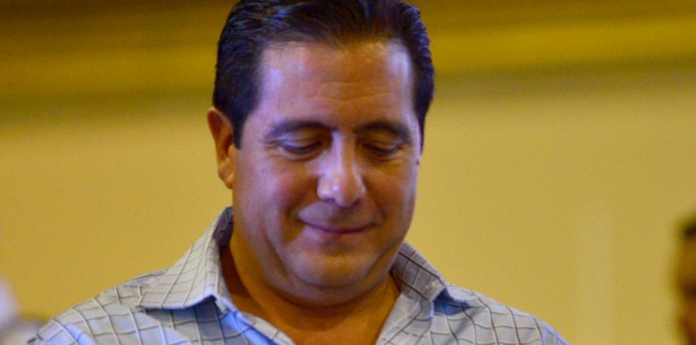 Retiran a agentes de seguridad del expresidente Torrijos de la Presidencia