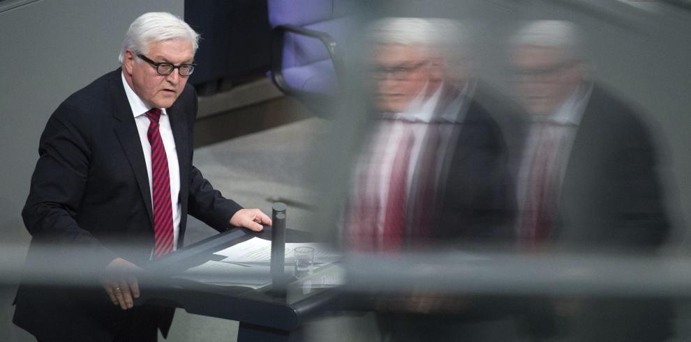 Diplomacia alemana a favor de dialogar con Rusia, pero revisando relaciones