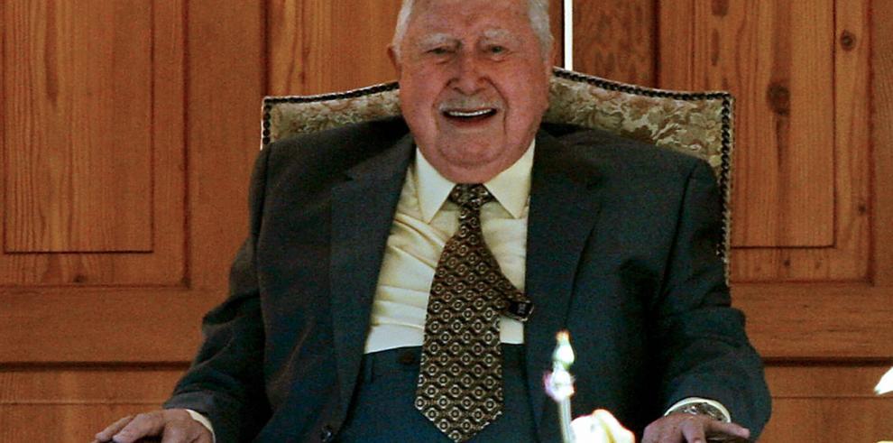 Absuelven a exalbacea de Pinochet