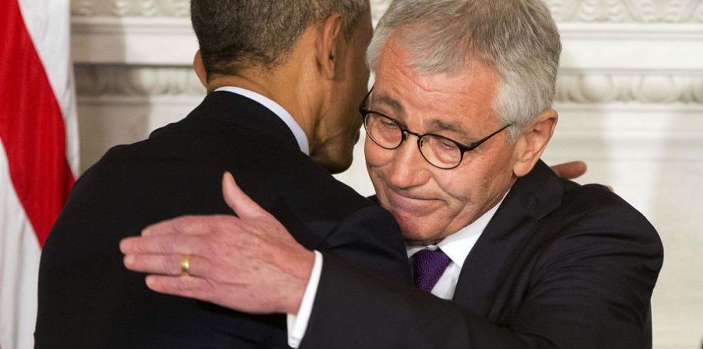 'Es el momento adecuado para que Hagel deje el Pentágono', Obama
