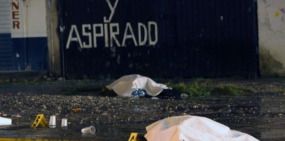 Detienen a 22 policías tras mortal tiroteo en el estado de Guerrero