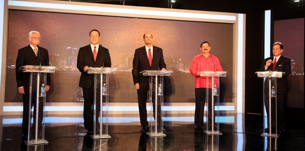 Candidatos presidenciales coincidieron en demandar justicia social
