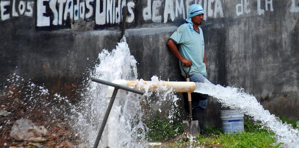 Agua potable para botar