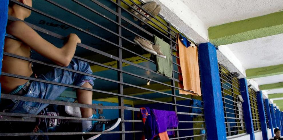 Miseria empujó entrega a ciegas de niños rebeldes a albergue de México