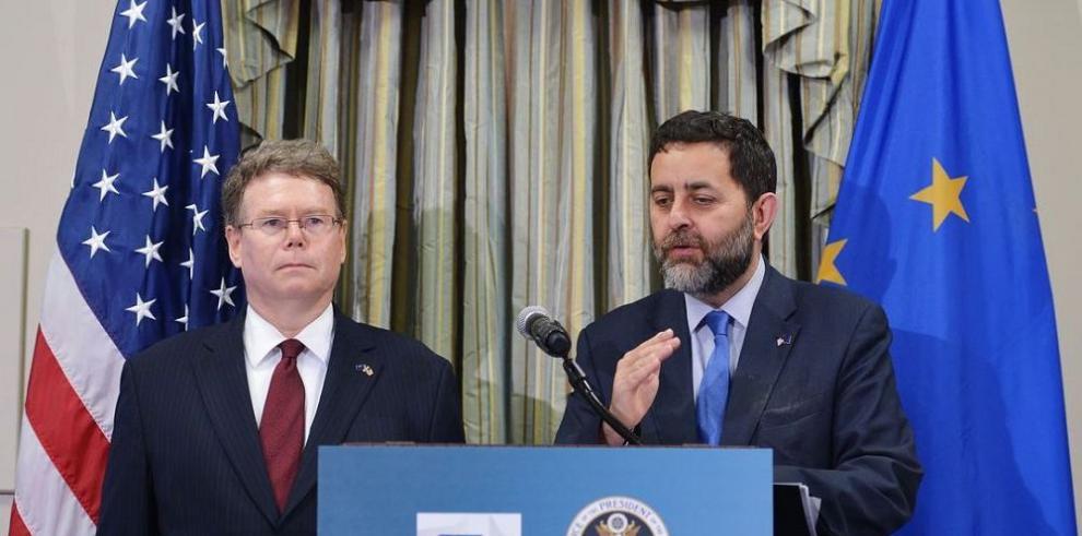EEUU y UE cierran reunión comercial