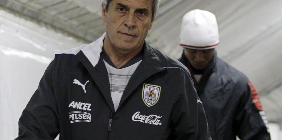 Tabárez renueva con Uruguay
