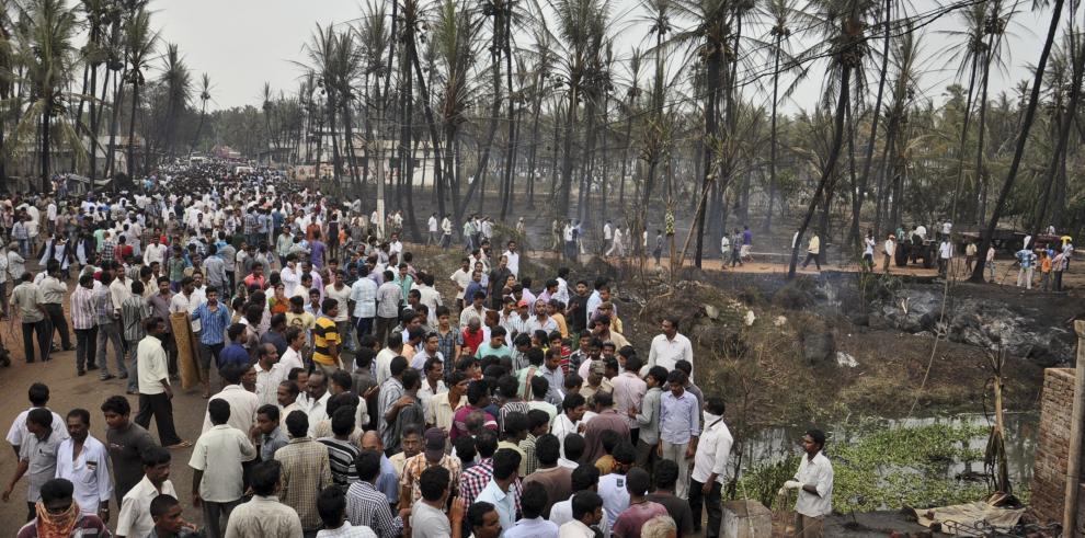 Explosión de gasoducto en India mata a 15 personas