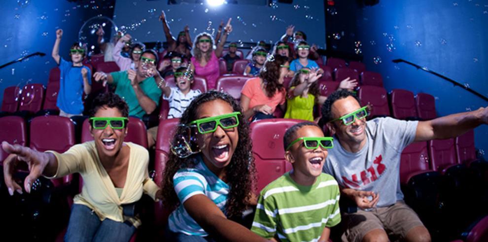 Estrenan primer cine en 4D