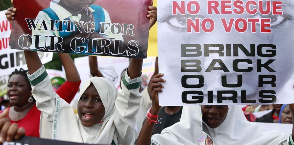 Atentado deja otros 200 muertos y las niñas siguen en paradero desconocido